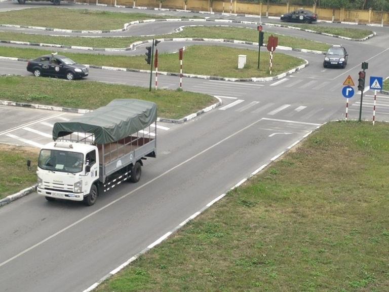 Khóa học lái xe ô tô tải