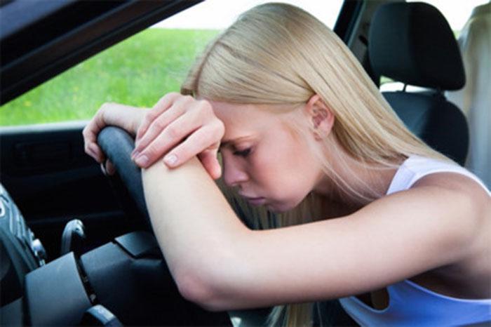 Khó khăn khi lái xe ô tô
