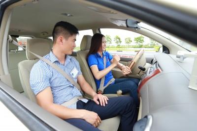 Bổ túc tay lái giúp bạn tự tin hơn trong việc lái xe