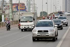 Đừng vội vàng đi nhanh mà gây nguy hiểm cho mình - Kinh nghiệm lái xe ô tô