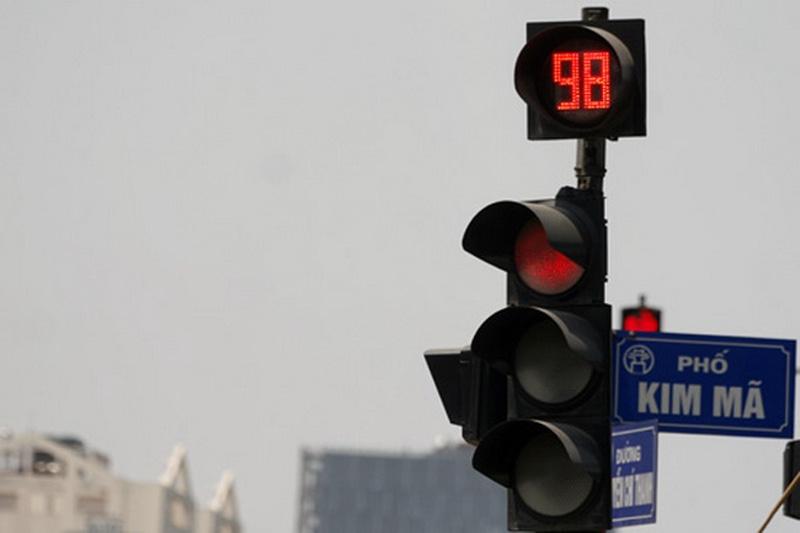 Lỗi vượt đèn đỏ khi tham gia giao thông