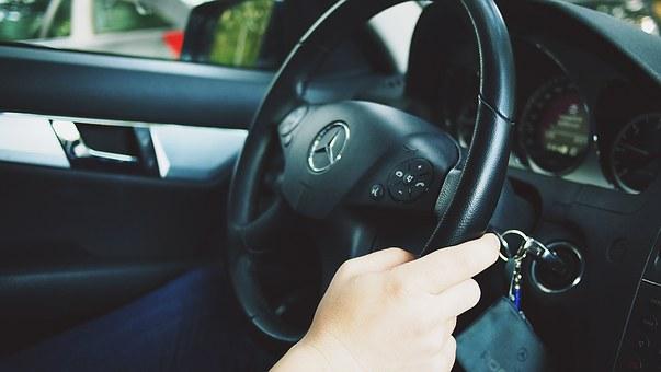 Nên học bằng lái xe ô tô B1 hay B2