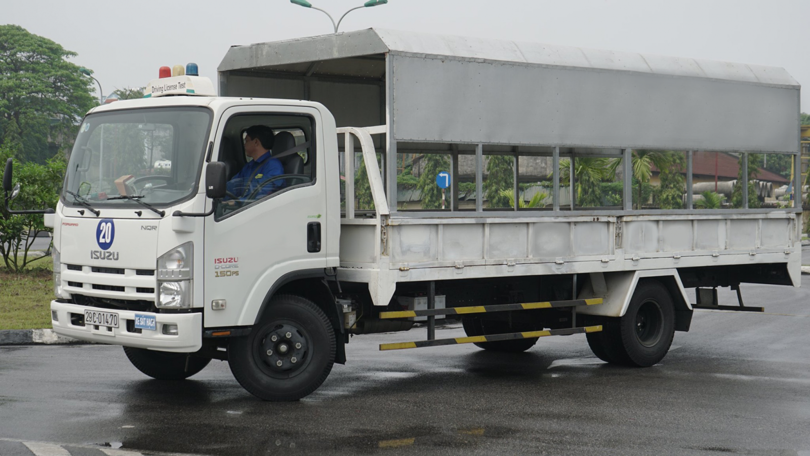 Nghề lái xe tải