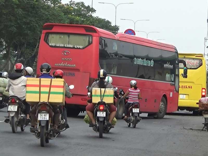 Tài xế xe khách, xe tải đường dài