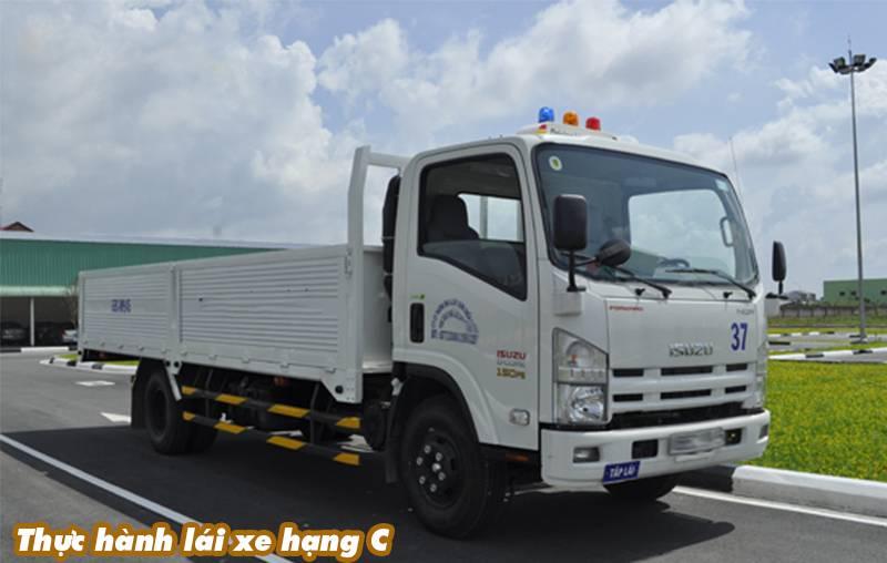 Học thực hành lái xe tải hạng C