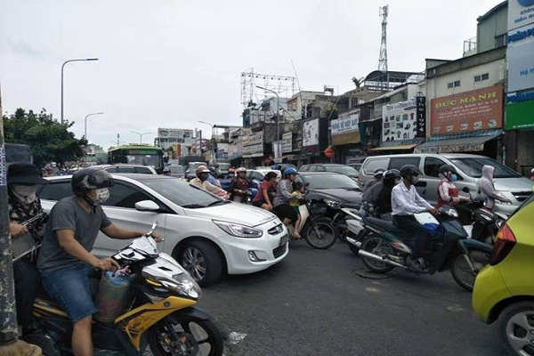 Ngã tư Bảy Hiền thường xuyên xảy ra kẹt xe