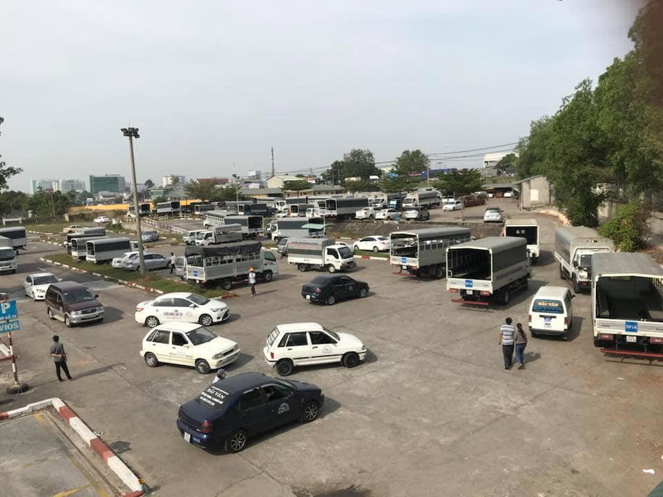 Sân học và thi sát hạch của văn phòng ghi danh học thi lái xe - CN Bình Thạnh