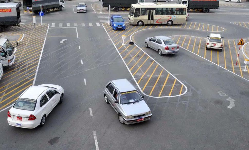 Trung tâm đào tạo lái xe ở TPHCM - Viễn Đông